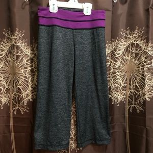 LULULEMON Crop Grey Purple Leggings Yoga Pants 4